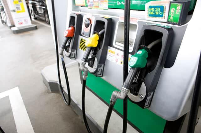 ガソリンの給油